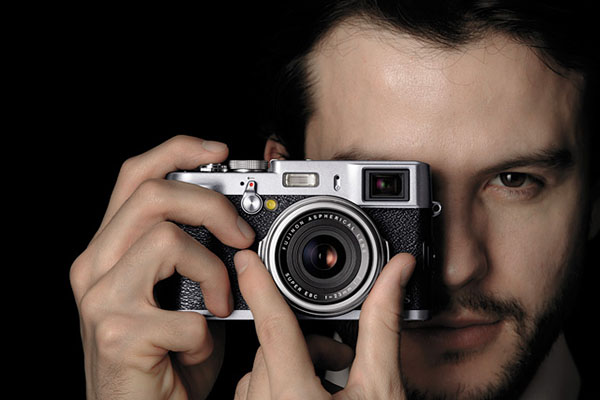 Love Photography? 4 Best Compact Cameras to Watch Out